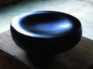 Toshio MATSUI (porcelaine avec application de laque)